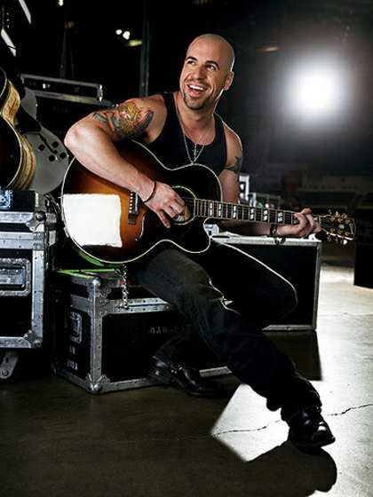 Ca sĩ Chris Daughtry